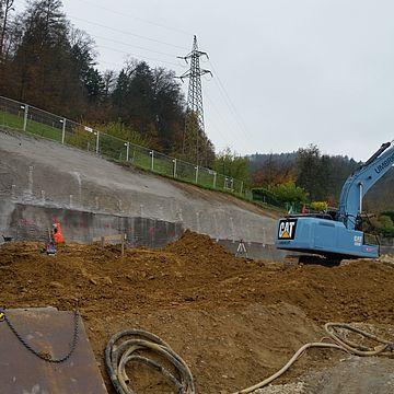 Neuenhof: Neubau 2 MFH Feldhofweg / Baugrubensicherung