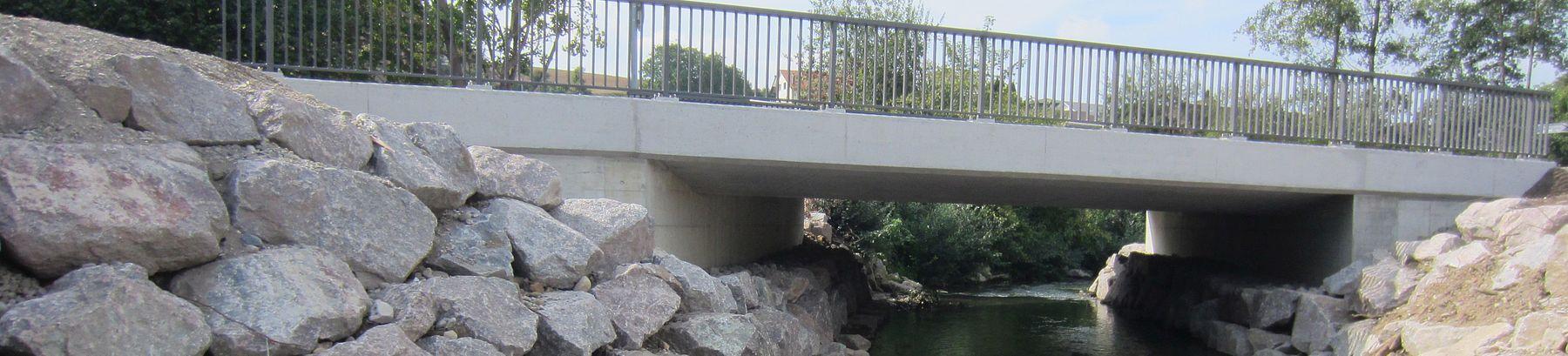 Lengnau: Brücke über die Surb